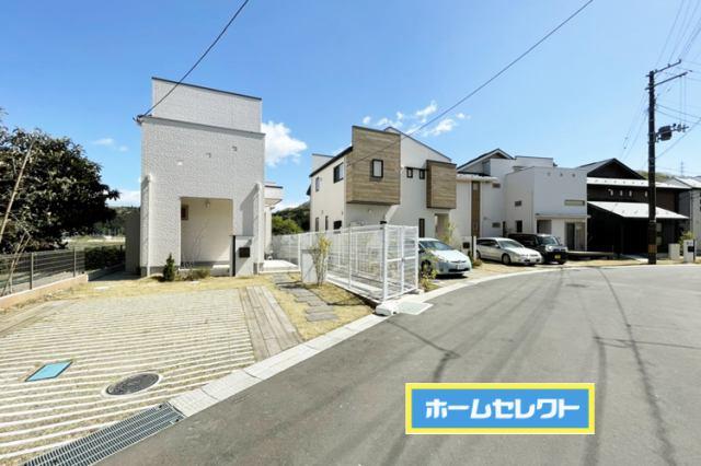 (現地写真)注文住宅のようなこだわりのデザイン♪