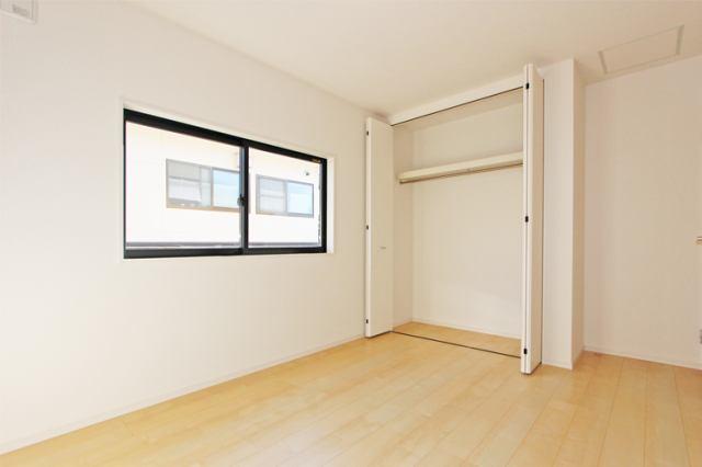 (同仕様・洋室) 2階は全室6帖以上!是非とも子供にひとり部屋!