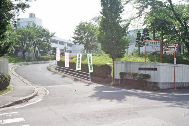 仙台市立泉ケ丘小学校 徒歩5分