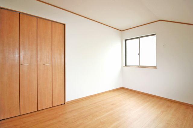 (同仕様・洋室)2階は全室6帖以上!是非とも子供にひとり部屋!