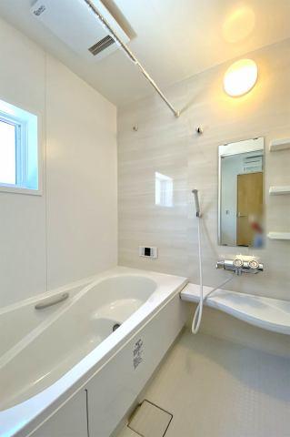 (浴室) 浴室暖房は一度使ったらその快適さの虜になります♪
