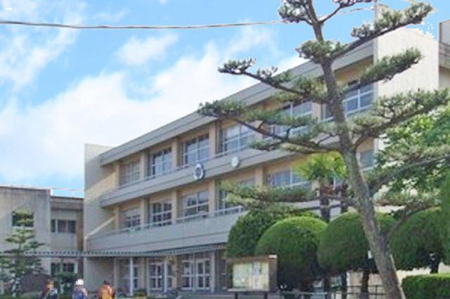 増田西小学校まで徒歩8分