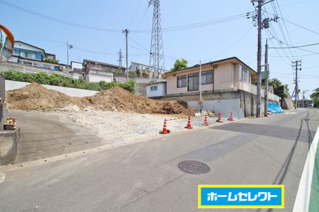 (現地写真)玉川小学校まで徒歩1分とお子様の通学も安心♪