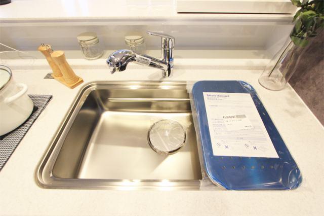 (浄水器付混合水栓)傷やサビ、熱にも強いステンレス!広々シンクで楽しくお料理!
